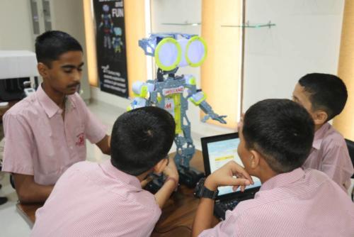 ROBOTICS-LAB-1